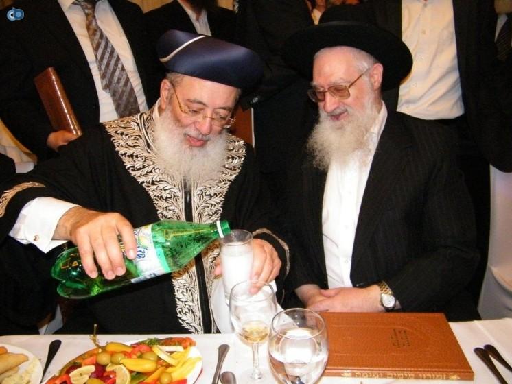 הרב יעקב יוסף בחתונת נכדו של הרב הראשי הרב עמאר
