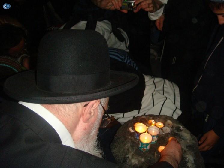 הרב יעקב יוסף בקבר יוסף הצדיק