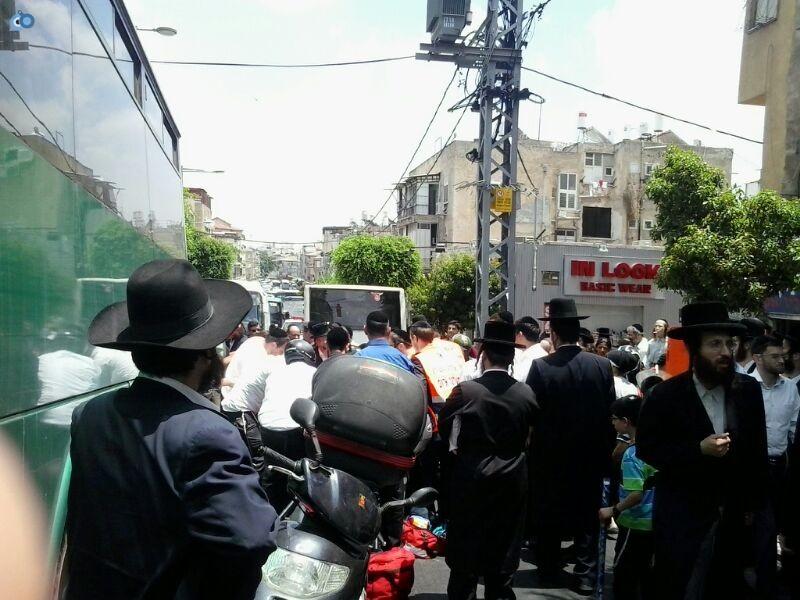 צעירה נפגעה בתאונה של אופנוע (18)