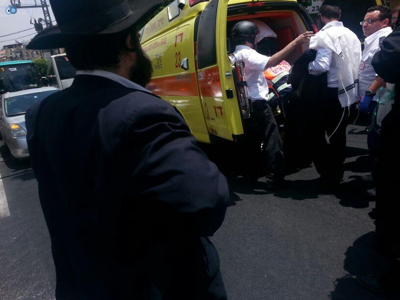 צעירה נפגעה בתאונה של אופנוע (4)
