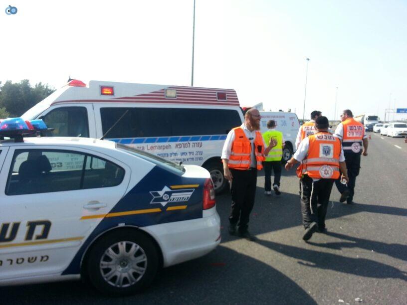 תאונה רכב ומשאית שעלו באש