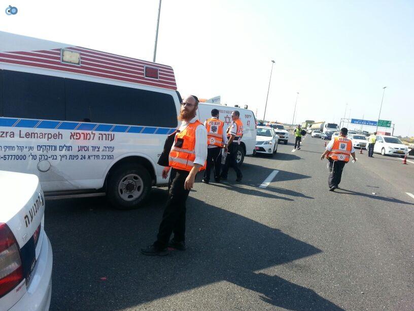 תאונת רכב ומשאית שעלו באש (5)