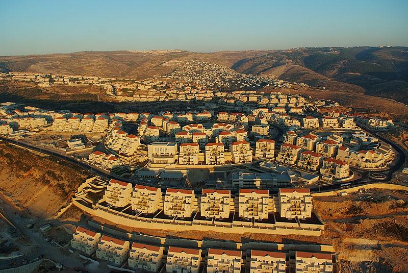 פוטנציאל של אלפי יחד. ביתר עילית. צילום ישראל ברדוגו (2)