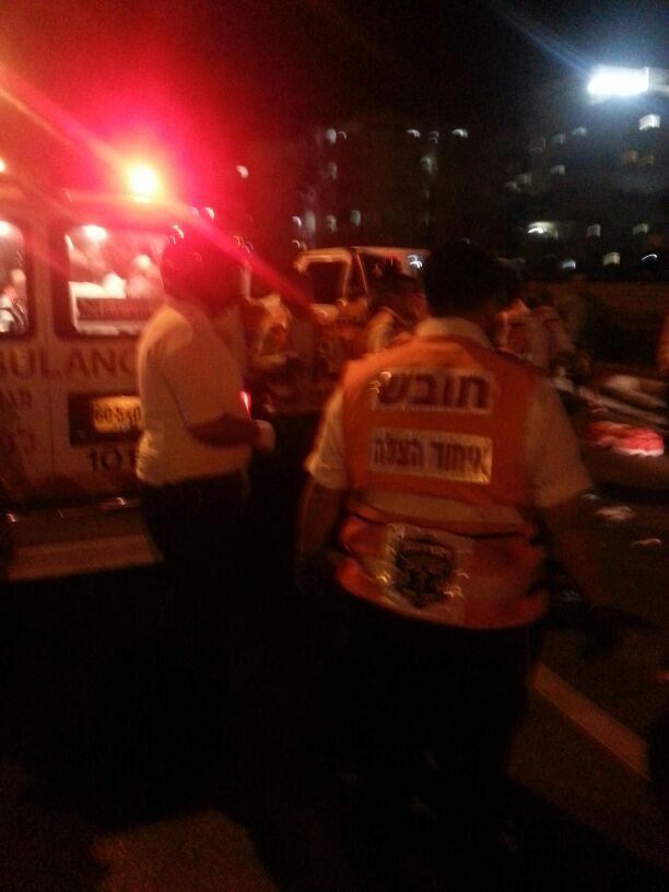 תאונה הצלה רכב פגע בחרדית (7)