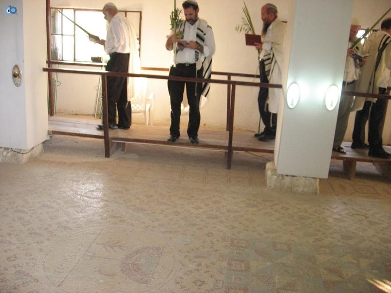 הושענות בשלום על ישראל ביריחו-3