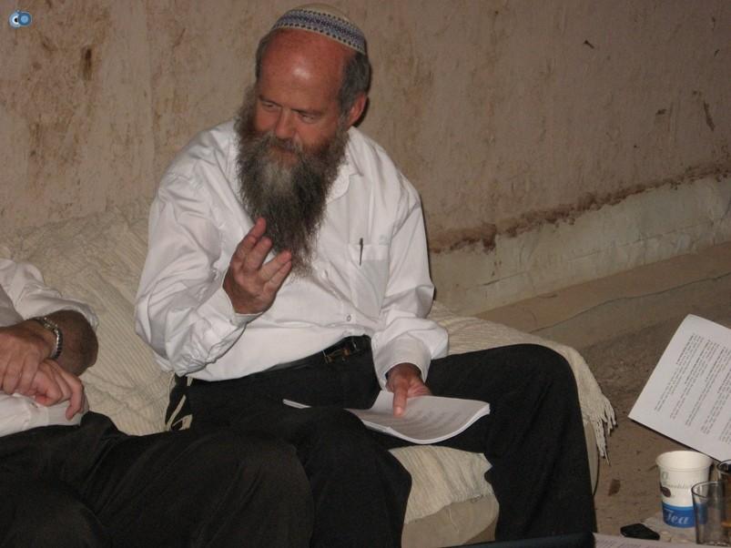 הרב אברהם בלאס בבית חגלה-2