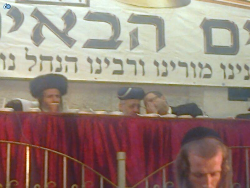 הרב ארוש ו יצחק יוסף בהילולת רבי נחמן צילם מנדי פ - 24 (15)
