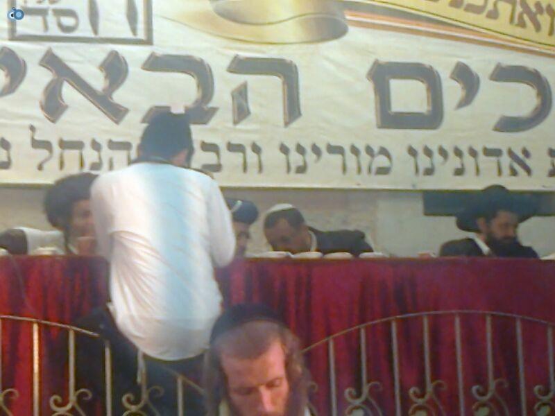 הרב ארוש ו יצחק יוסף בהילולת רבי נחמן צילם מנדי פ - 24 (18)