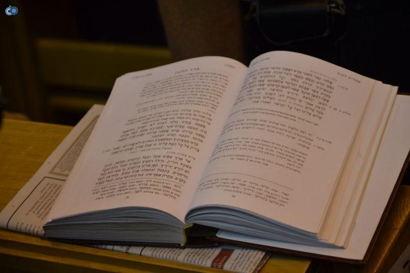 סליחות עם יצחק מאיר ב כלי נגינה (18)