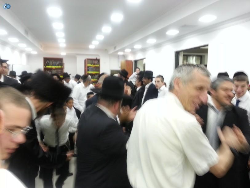 resized_שמחת בית השואבה סוכות רבי יעקב אדלשטיין אדלשטין - צילם אבי שיף (2)