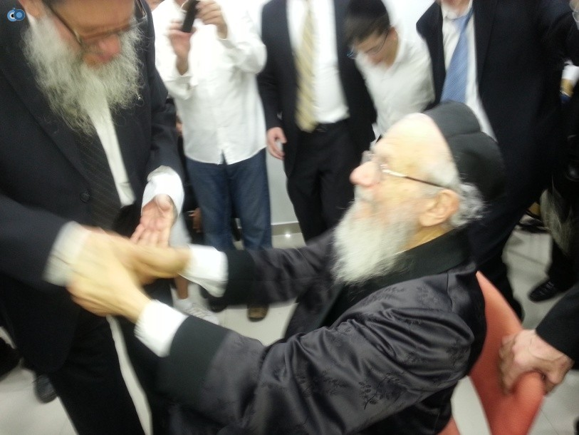 resized_שמחת בית השואבה סוכות רבי יעקב אדלשטיין אדלשטין - צילם אבי שיף (3)
