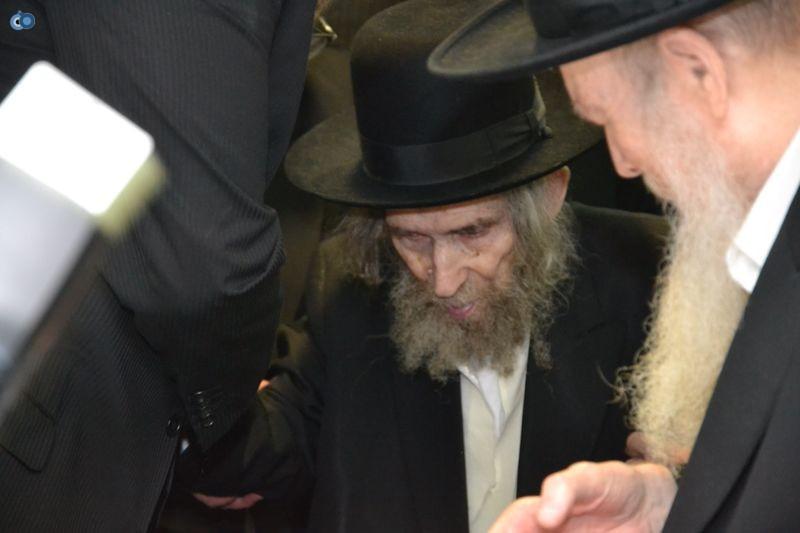 הגר''ח קניבסקי והגראי''ל שטינמן צילום אהרן והב (11)
