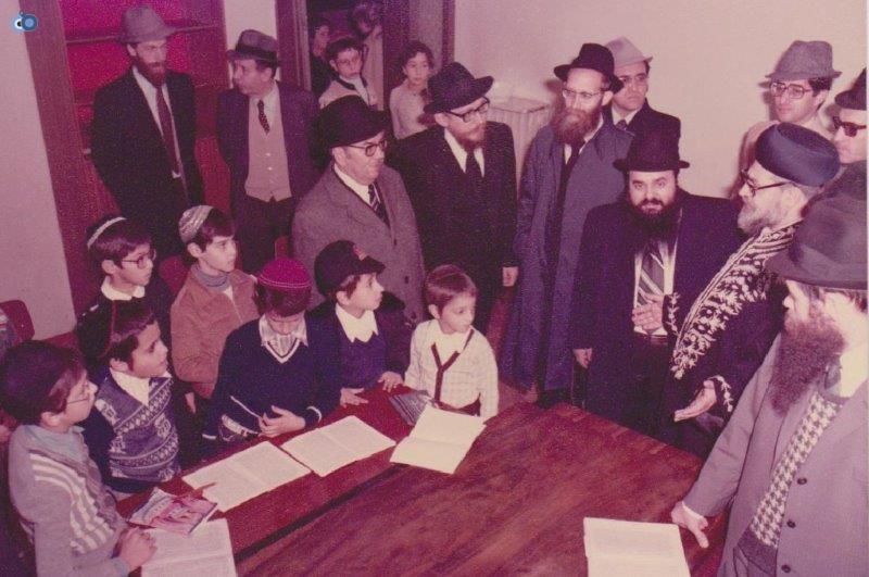 הרב עובדיה יוסף במליאנו שבאיטליה לפני 35 שנה (7)