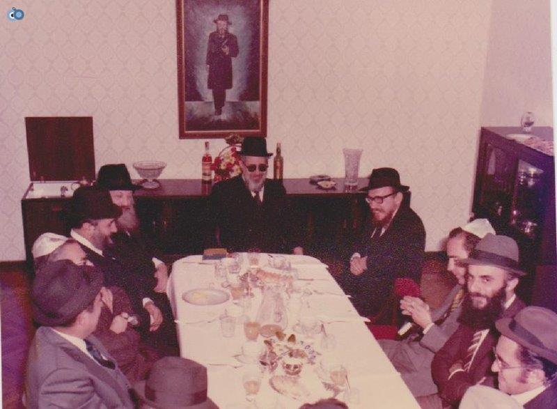 הרב עובדיה יוסף במליאנו שבאיטליה לפני 35 שנה (8)