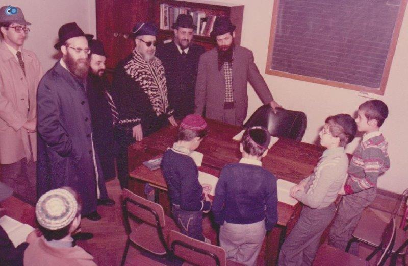 הרב עובדיה יוסף במליאנו שבאיטליה לפני 35 שנה (9)