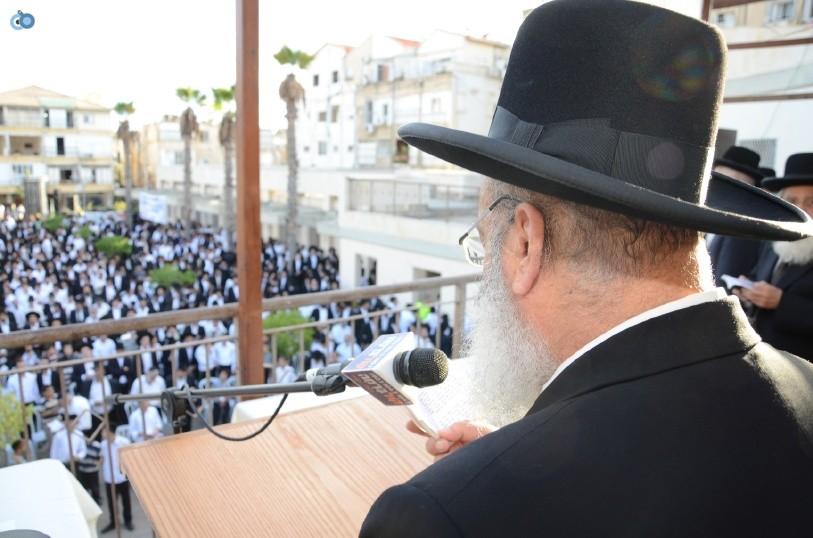 עצרת המונים ש''ס הרב יוסף יצחק (1)