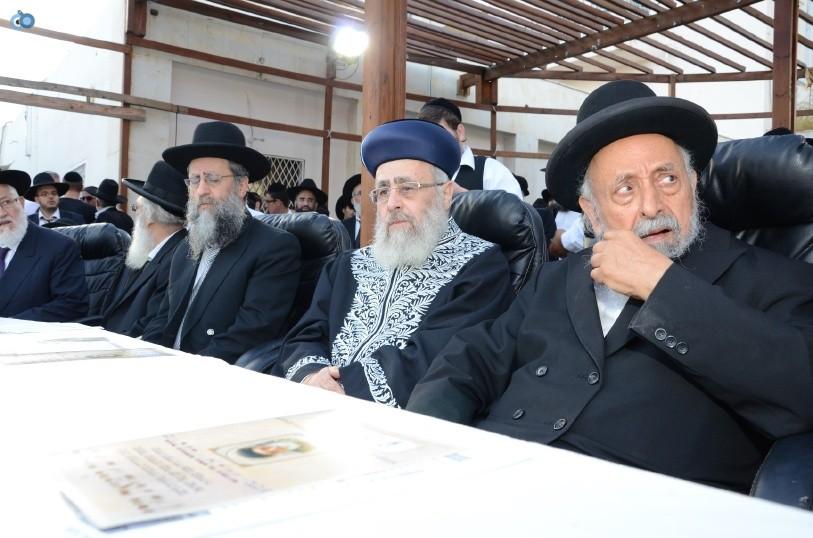 עצרת המונים ש''ס הרב יוסף יצחק (10)