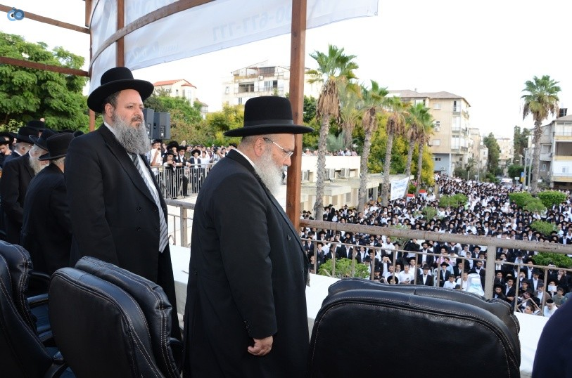 עצרת המונים ש''ס הרב יוסף יצחק (14)