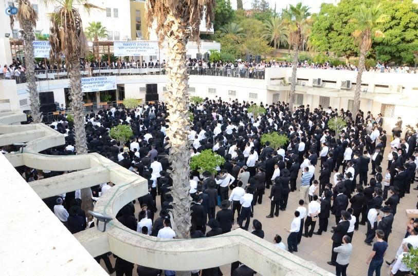 עצרת המונים ש''ס הרב יוסף יצחק (15)