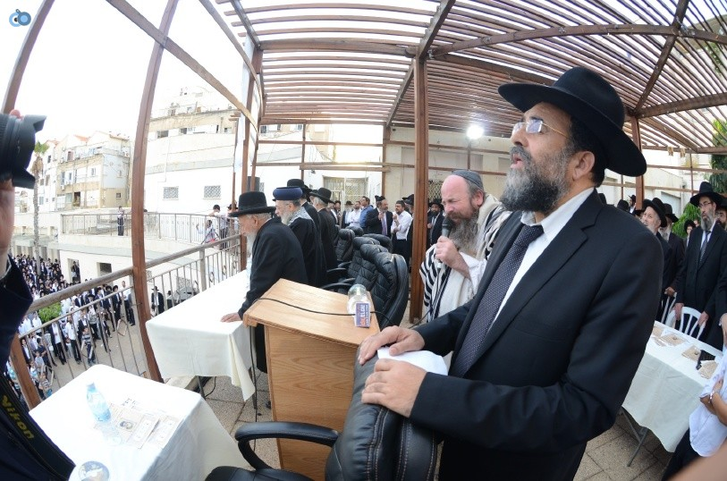 עצרת המונים ש''ס הרב יוסף יצחק (29)
