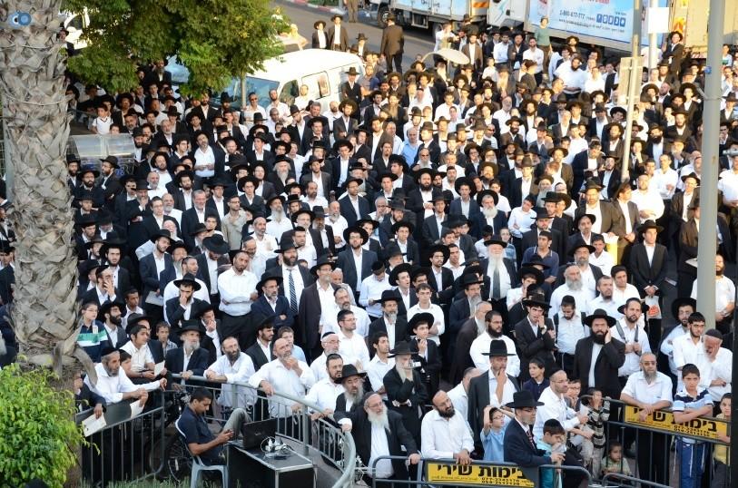 עצרת המונים ש''ס הרב יוסף יצחק (31)