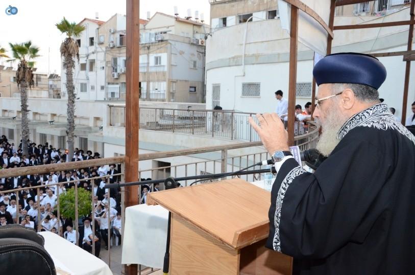 עצרת המונים ש''ס הרב יוסף יצחק (37)