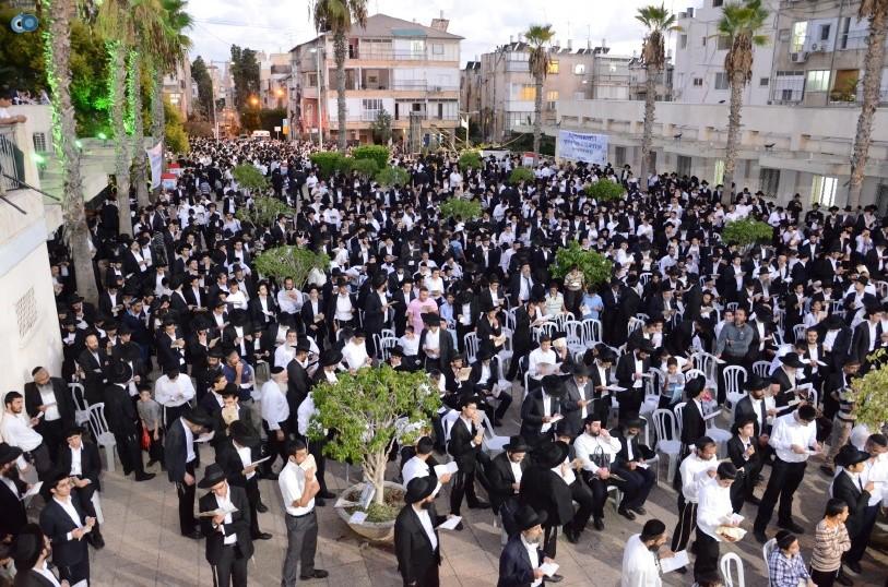 עצרת המונים ש''ס הרב יוסף יצחק (46)