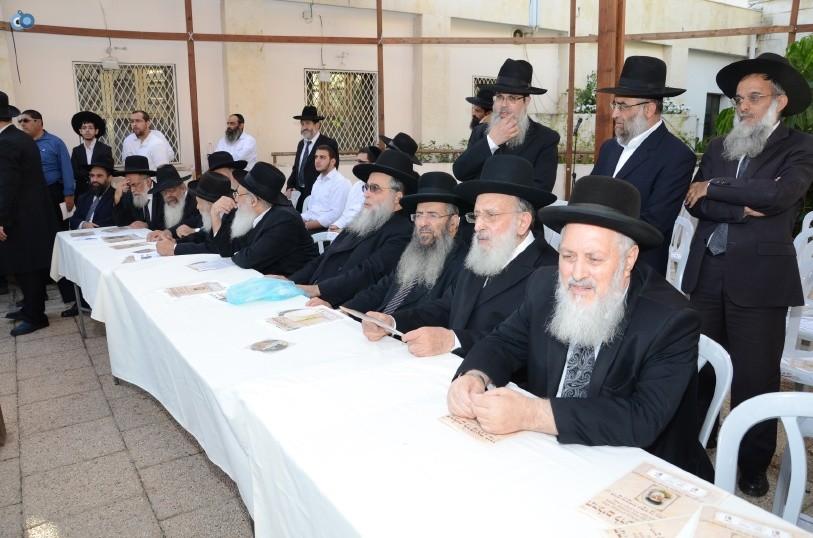 עצרת המונים ש''ס הרב יוסף יצחק (52)