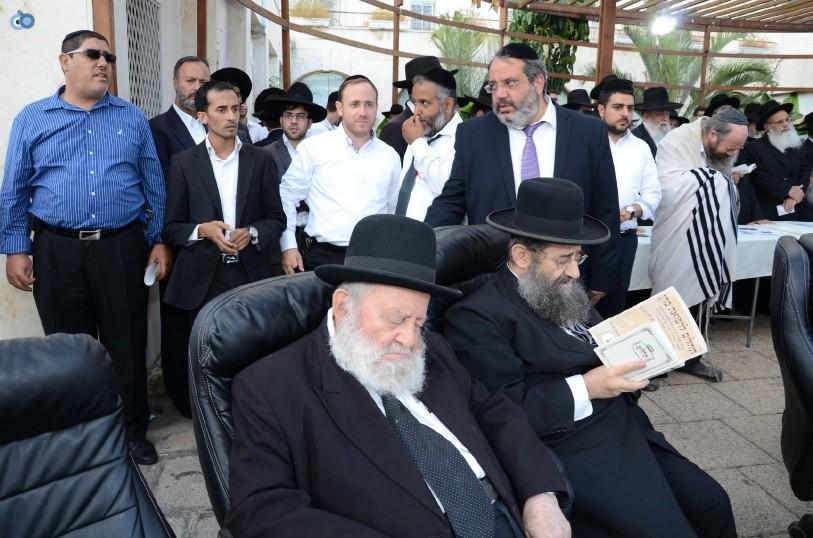 עצרת המונים ש''ס הרב יוסף יצחק (7)