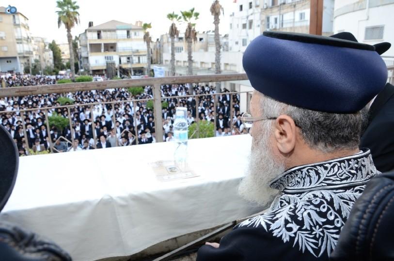 עצרת המונים ש''ס הרב יוסף יצחק (9)