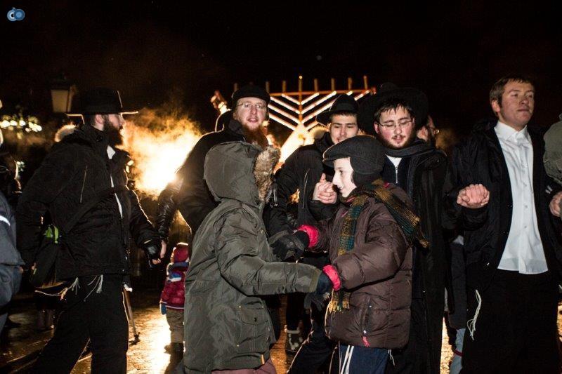 הדלקת נרות חנוכה ברוסיה חדשות 24 (23)