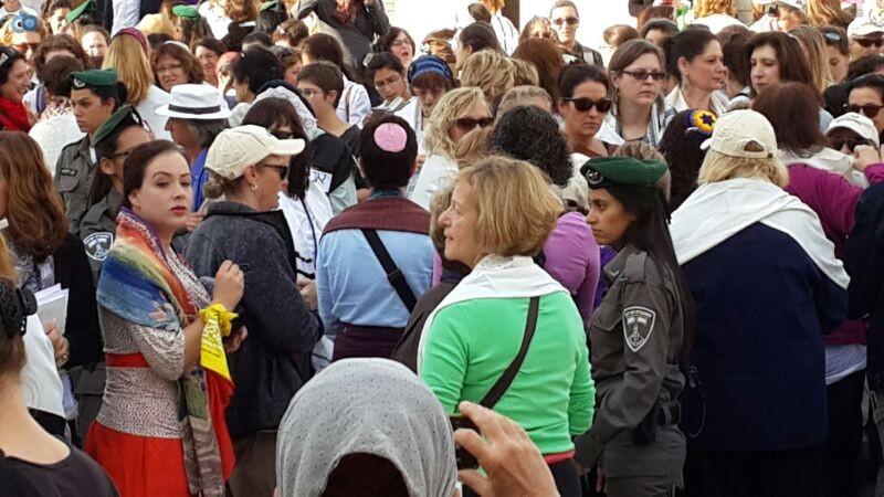 נשות הכותל צילום ישראל קרליץ חדשות 24 (9)