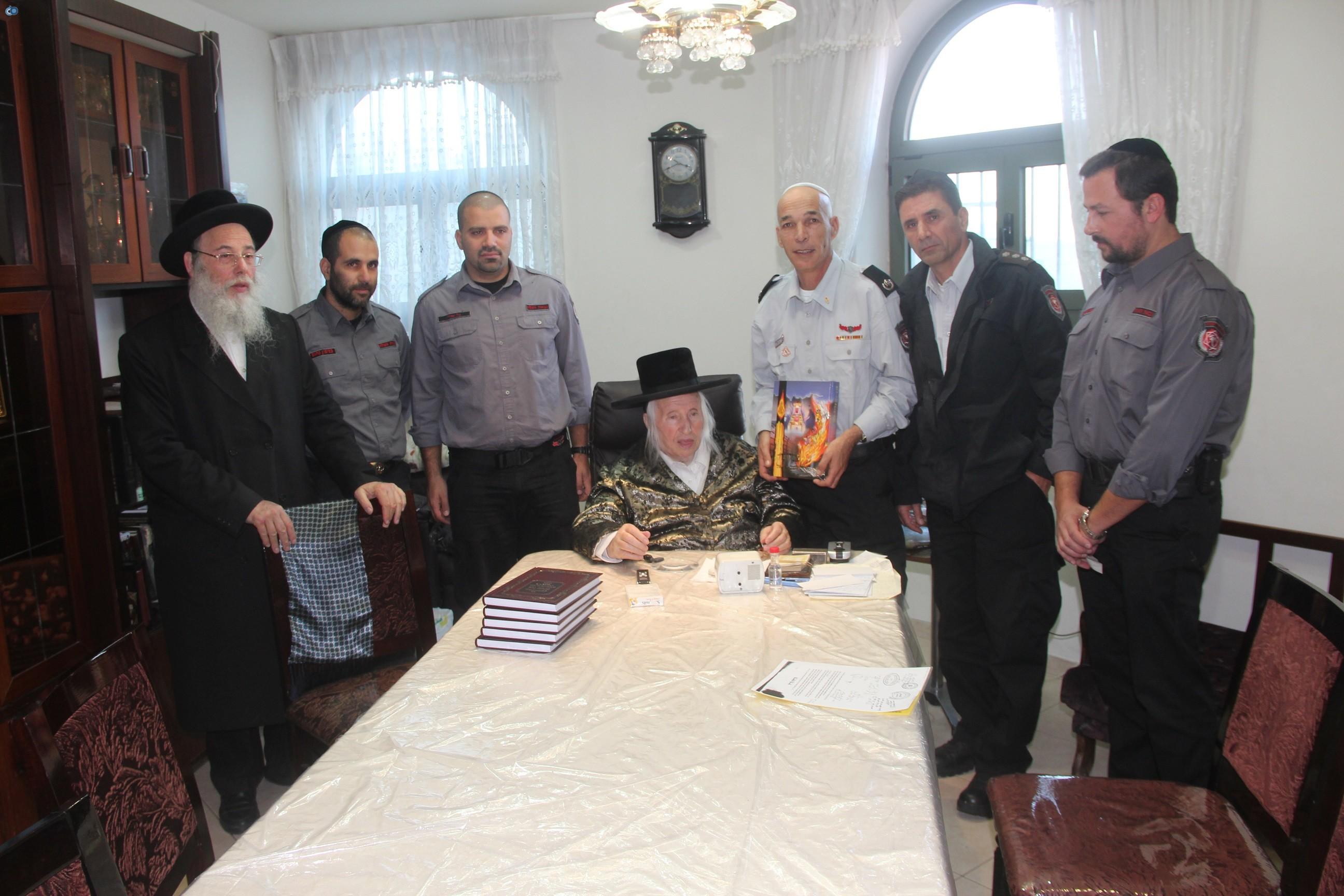 אלי בסון, שוכי בנדיקט ראשי מכבי  האש בירושלים (11)