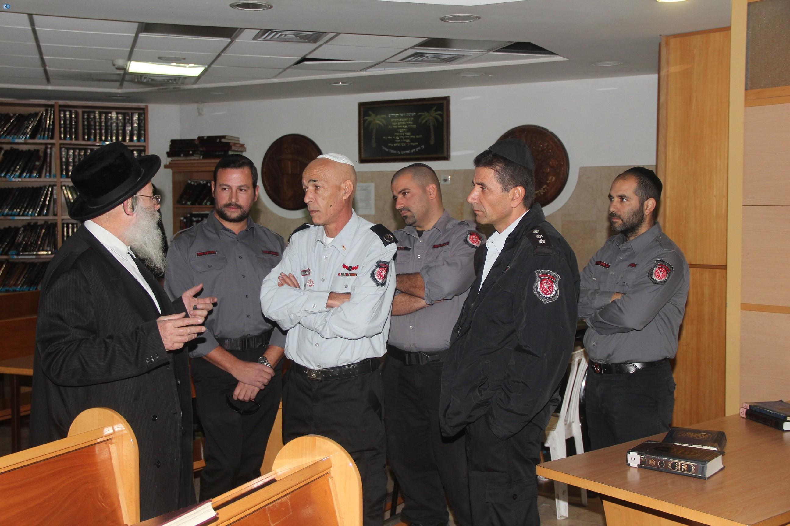 אלי בסון, שוכי בנדיקט ראשי מכבי  האש בירושלים (6)