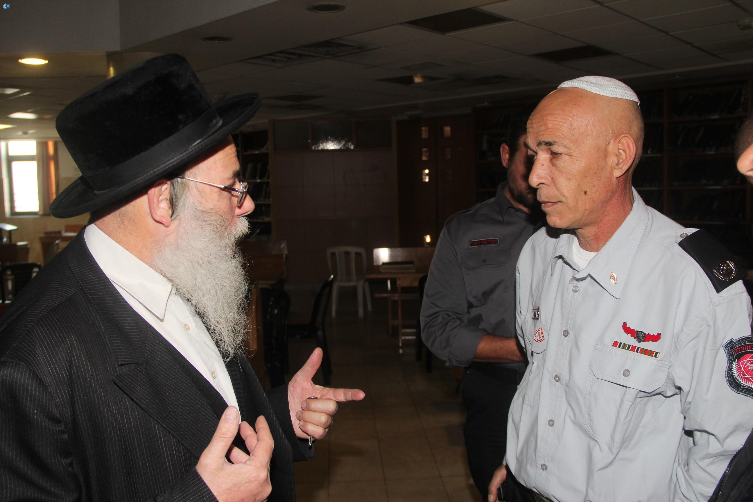 אלי בסון, שוכי בנדיקט ראשי מכבי  האש בירושלים (7)