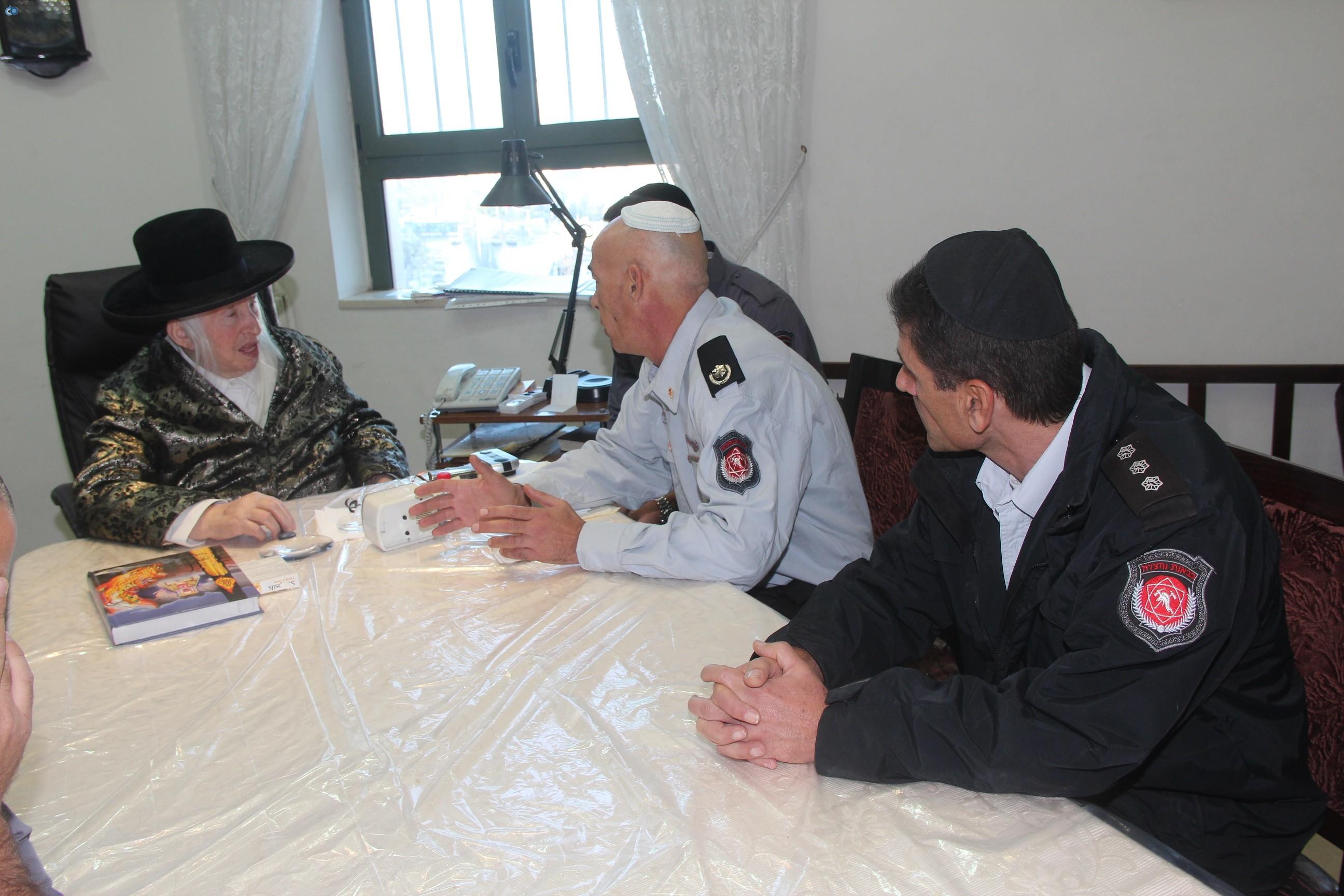 אלי בסון, שוכי בנדיקט ראשי מכבי  האש בירושלים (9)