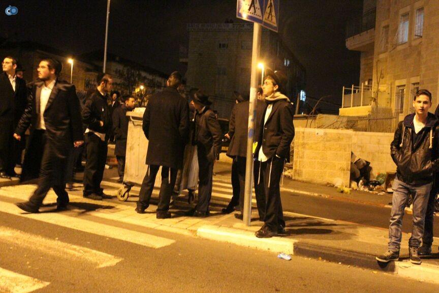 הפגנה מאה שערים - משה מזרחי-חדשות24 (7)