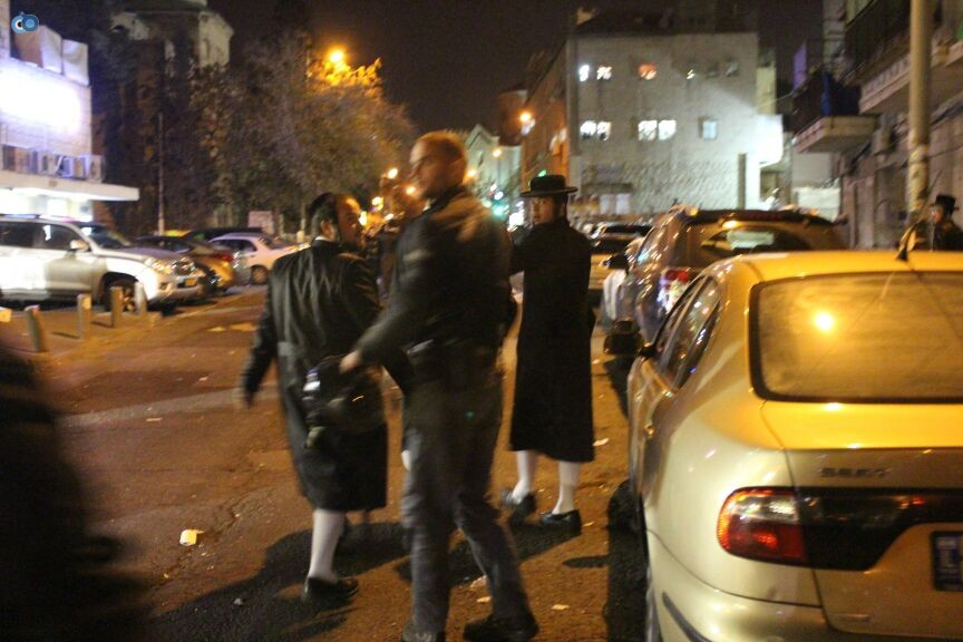 הפגנה מאה שערים - משה מזרחי-חדשות24 (9)