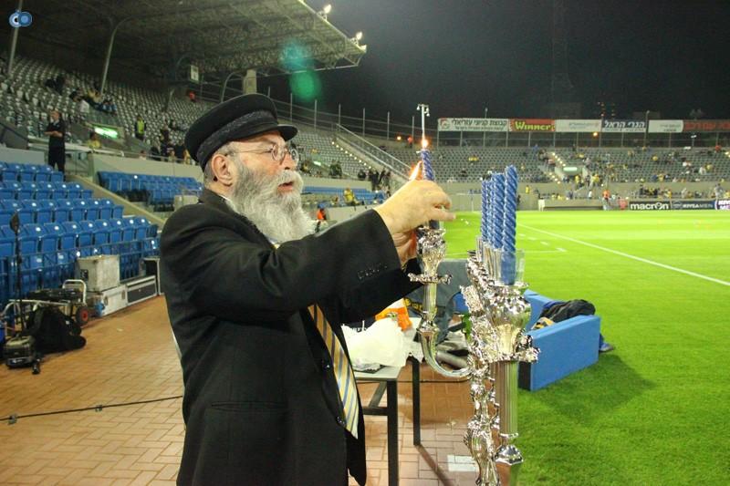 חנוכה כדורגל 2013 013
