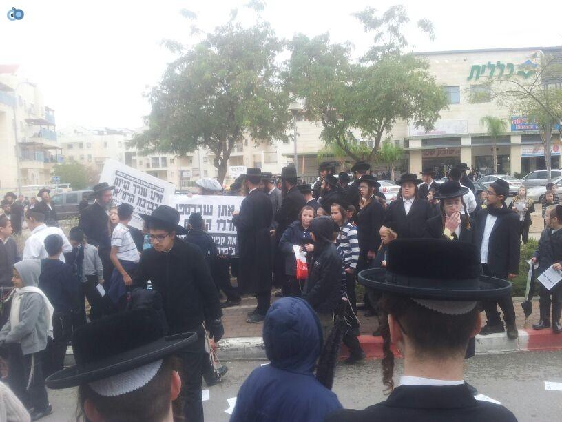 חרדים הפגנה קברים צילם יוסי פרידמן 24 (4)