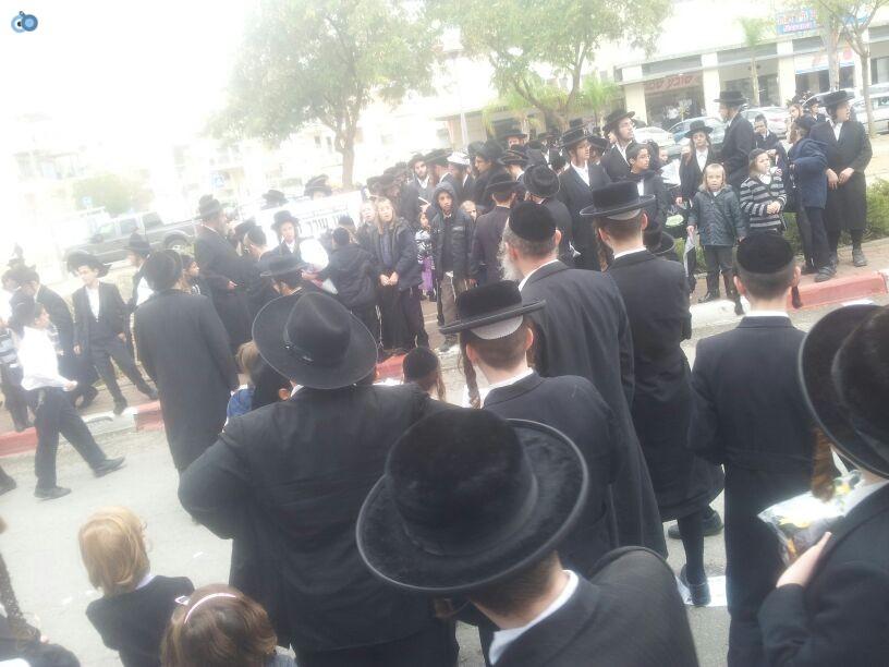 חרדים הפגנה קברים צילם יוסי פרידמן 24 (5)