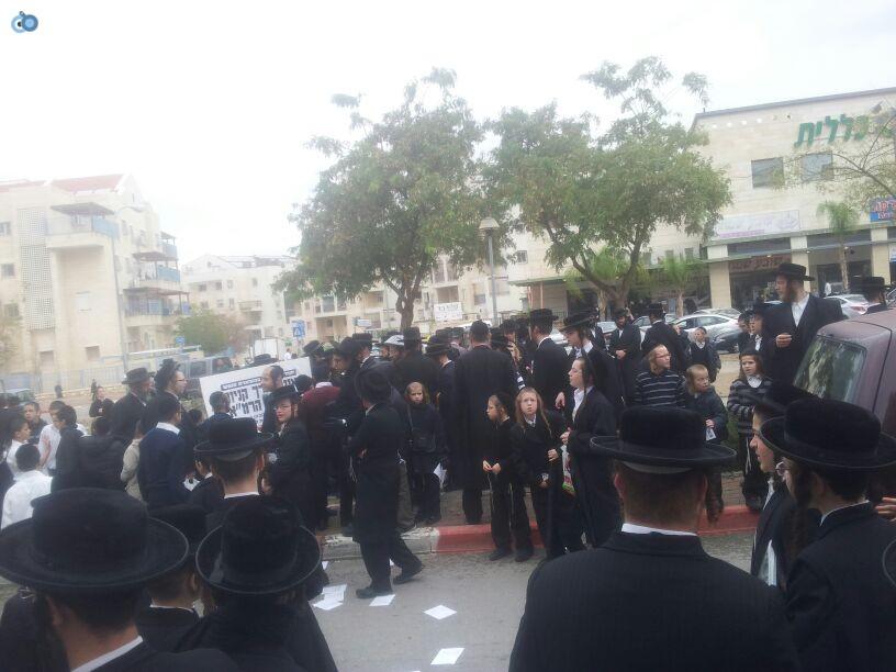 חרדים הפגנה קברים צילם יוסי פרידמן 24 (6)