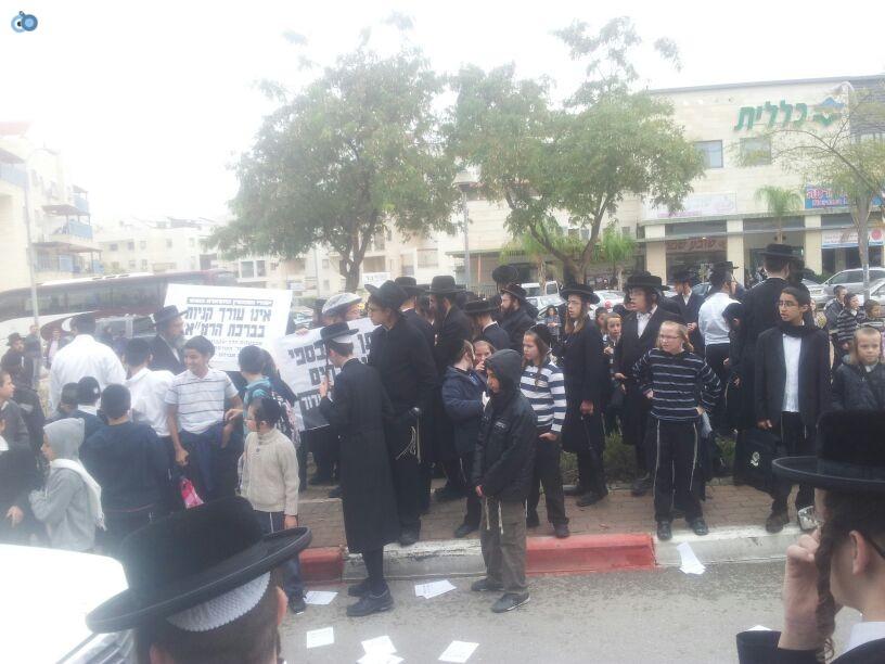 חרדים הפגנה קברים צילם יוסי פרידמן 24 (7)