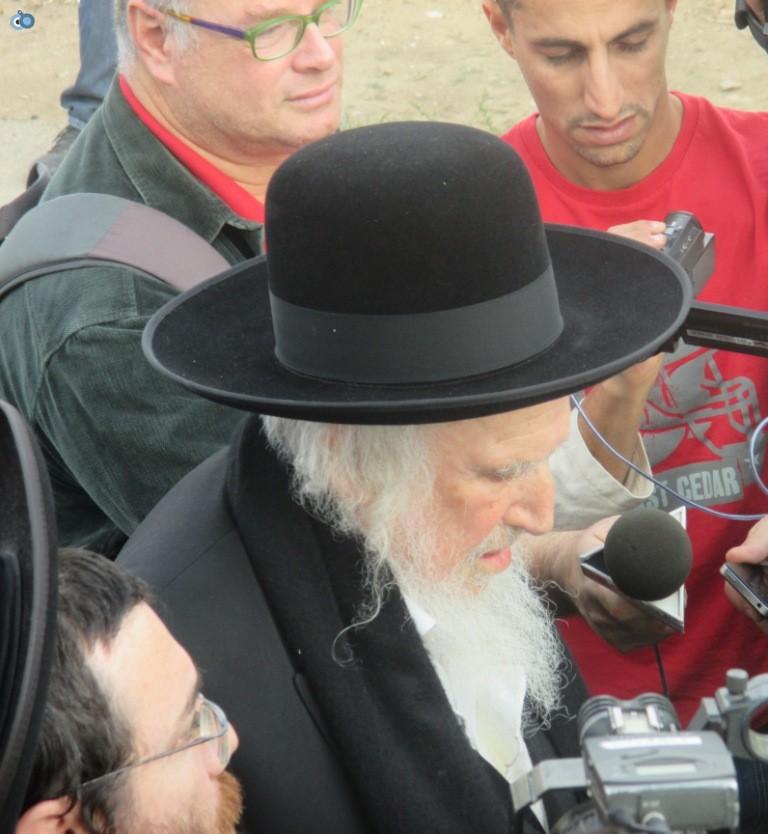 עצרת בראשות הרב אויערבאך (39)