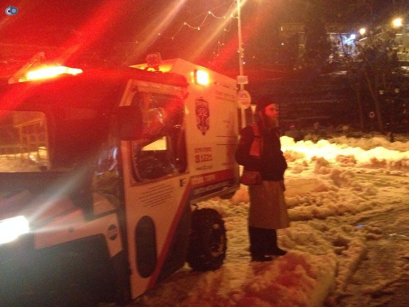 צפת   הצלה שלג צילם שמחה גולדברג 24  (1)
