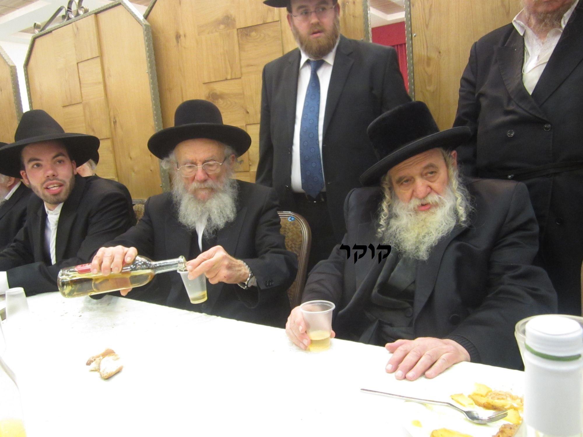 אדמו''ר מ טשערנוביל מטשערנוביל, חתונה, הרב יעקב אדלשטיין אדלשטין (1)