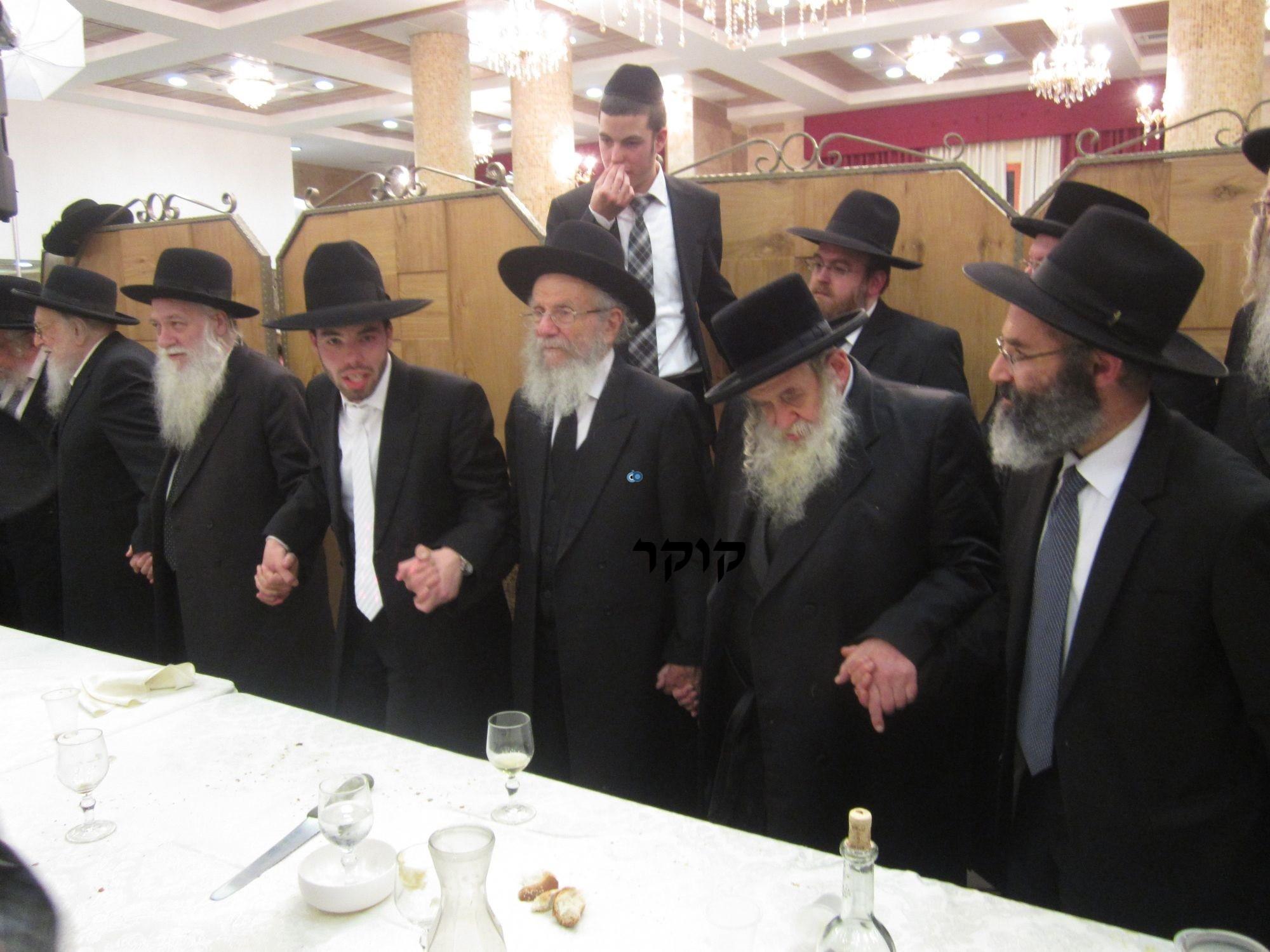 אדמו''ר מ טשערנוביל מטשערנוביל, חתונה, הרב יעקב אדלשטיין אדלשטין (10)