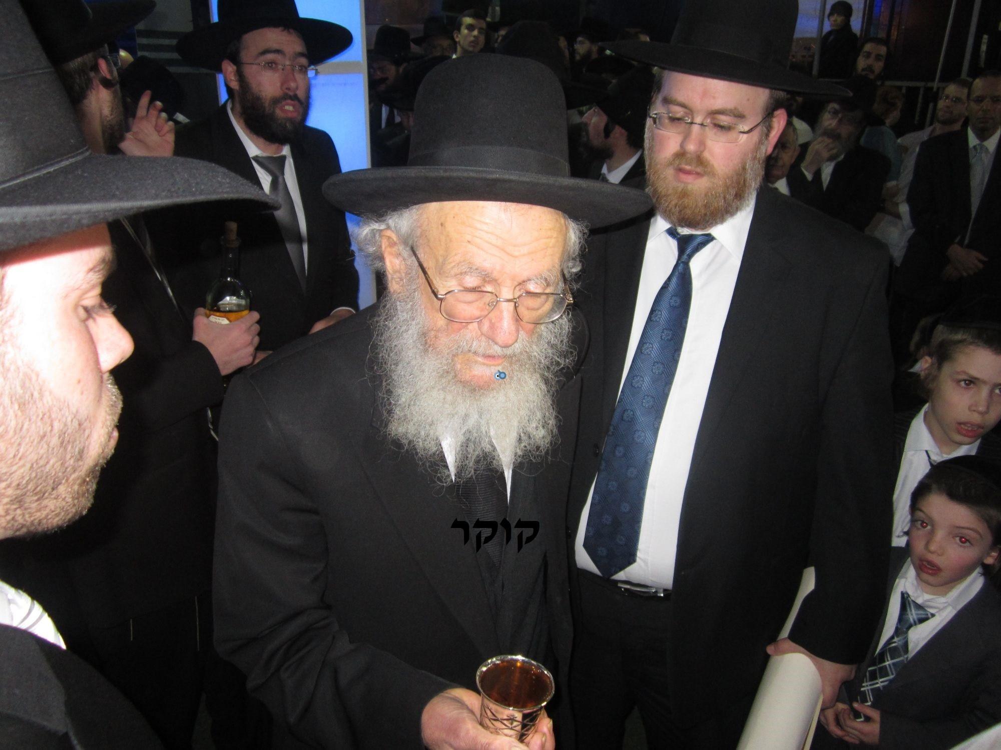 אדמו''ר מ טשערנוביל מטשערנוביל, חתונה, הרב יעקב אדלשטיין אדלשטין (14)