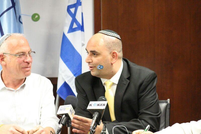אורי אריאל וראש עיריית לוד צילם משה מזרחי 24 (3)