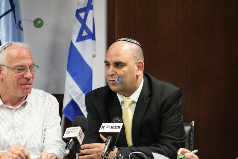 אורי אריאל וראש עיריית לוד צילם משה מזרחי 24 (4)